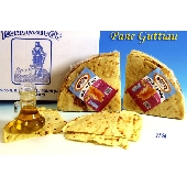 Guttiau bread in pieces