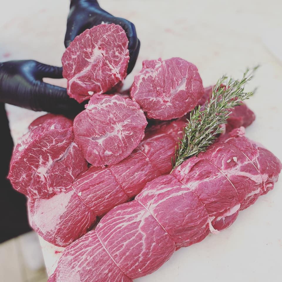Cappello del prete (shoulder) from Fassona beef from Piedmont - Macelleria Mastra Alebardi
